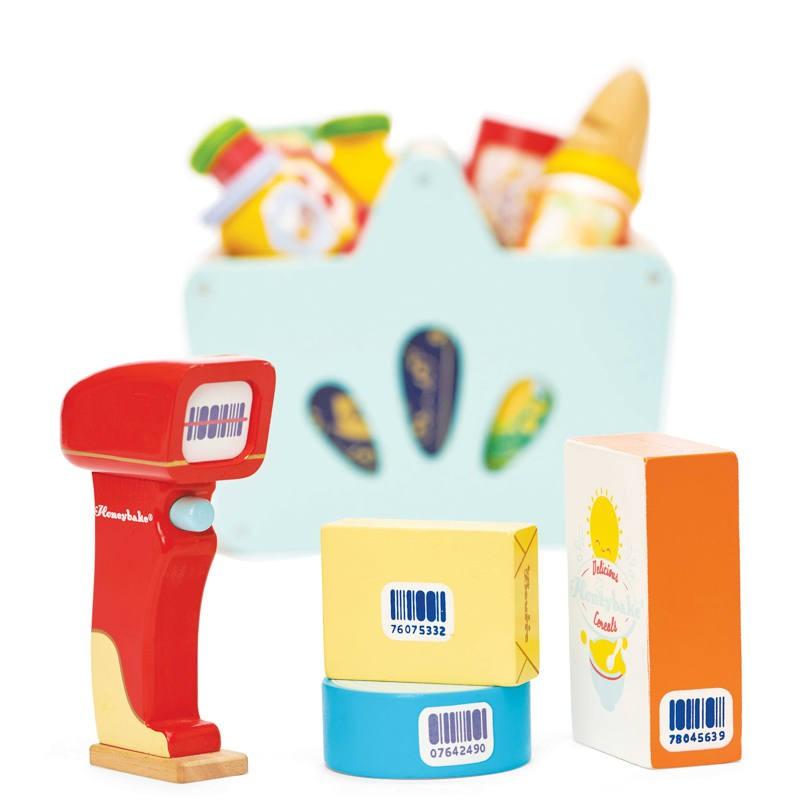 Ostukorv toiduainete ja skänneriga